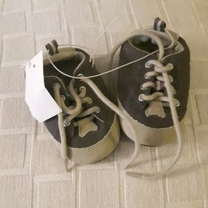 NWT size 3 baby Brown sneaker booties new